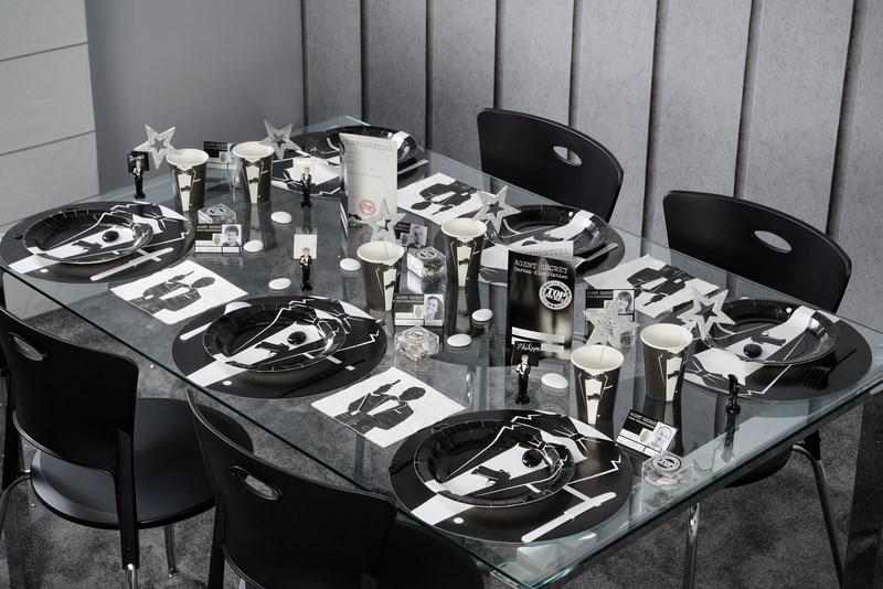 D coration de table sur le th me agent secret articles de f te for Decoration 50 ans homme